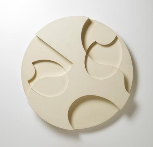 """Sophie Taeuber-Arp: """"Coquilles et fleurs"""" 1938, Relief, Holz bemalt"""