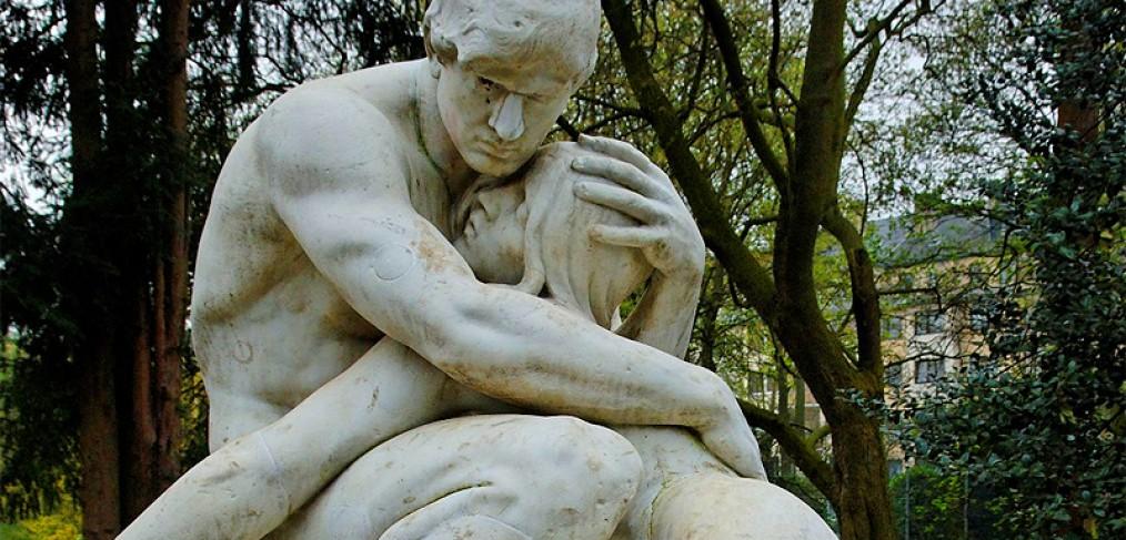 Adam und Eva im Florapark in Duesseldorf-Unterbilk