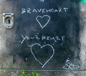Your Heart (Kreide und Sprühfarbe)