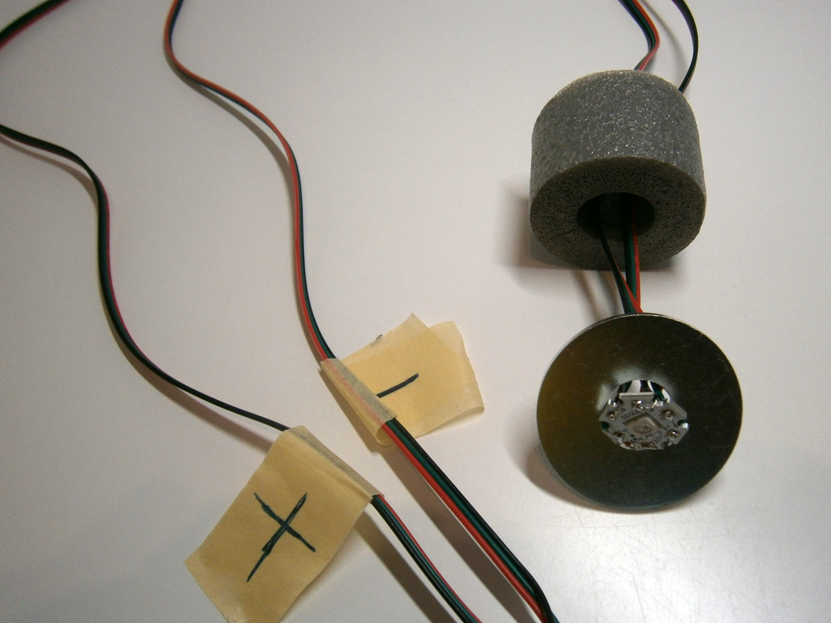 LED und die markierten RGB-Kabelenden